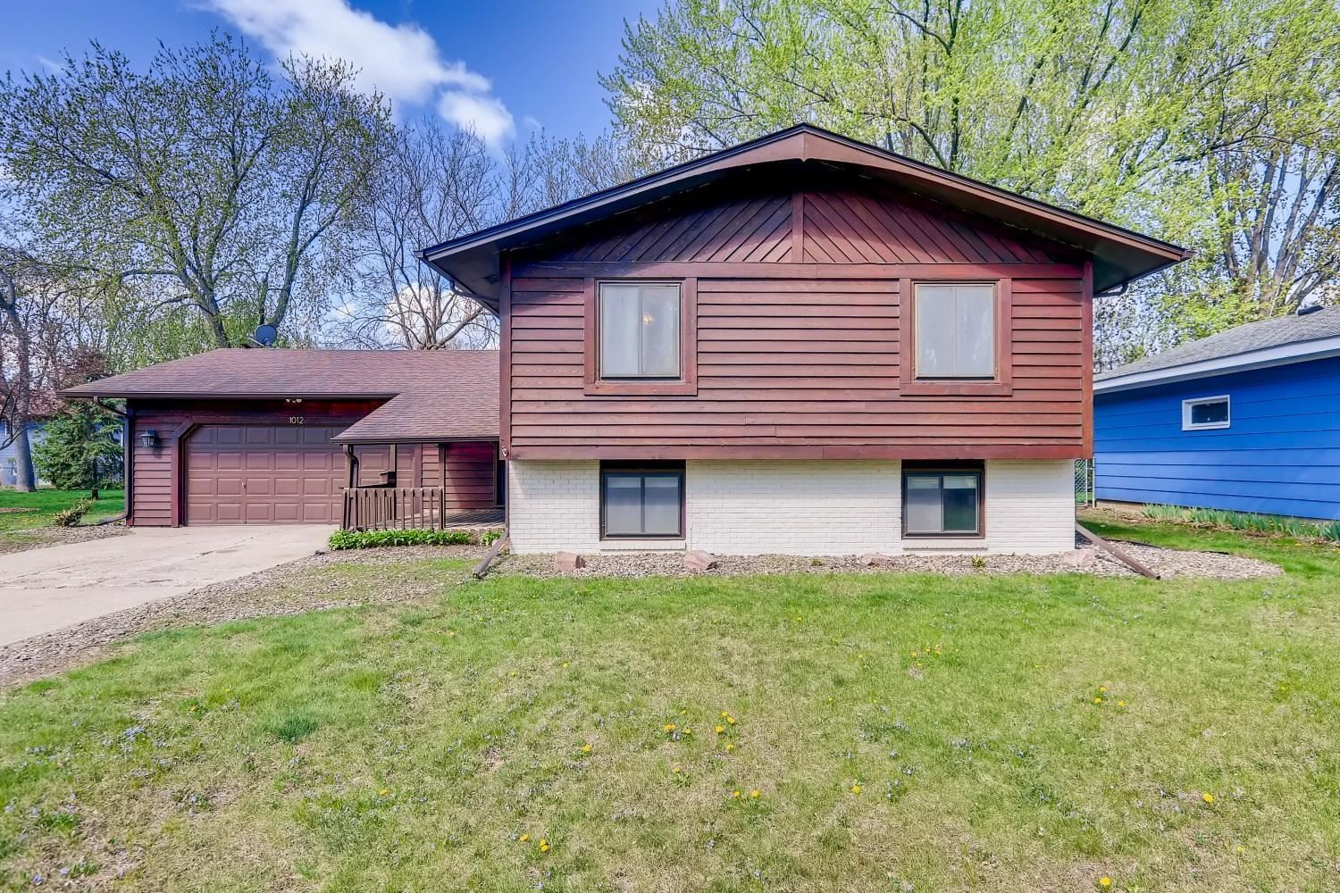 Photo of 1012 2nd Street, Farmington, MN 55024 (MLS # 5732586)