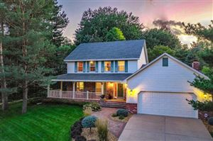 Photo of 4025 Evergreen Place, Shoreview, MN 55126 (MLS # 5285587)
