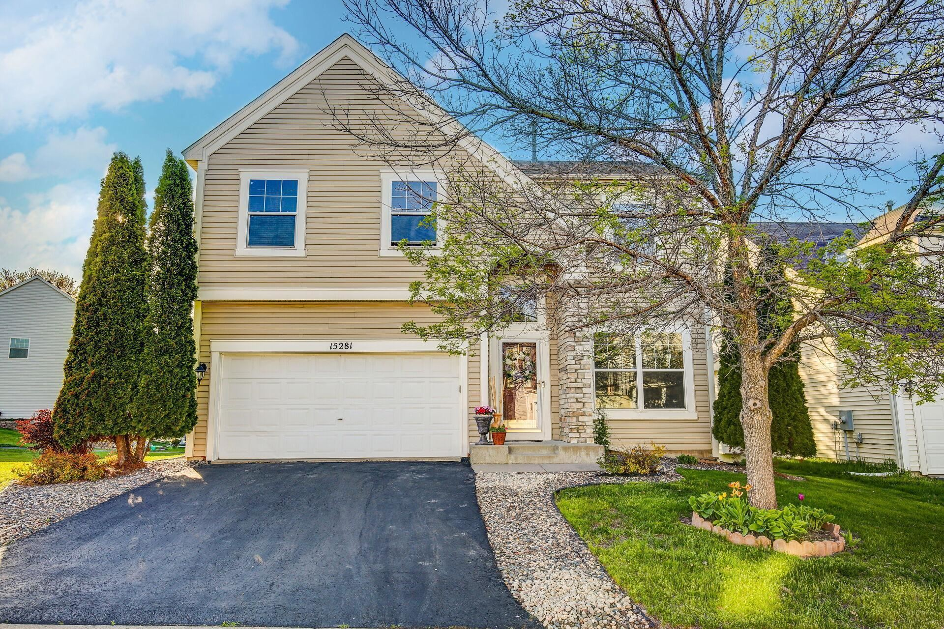 Photo of 15281 Dupont Path, Apple Valley, MN 55124 (MLS # 5757593)