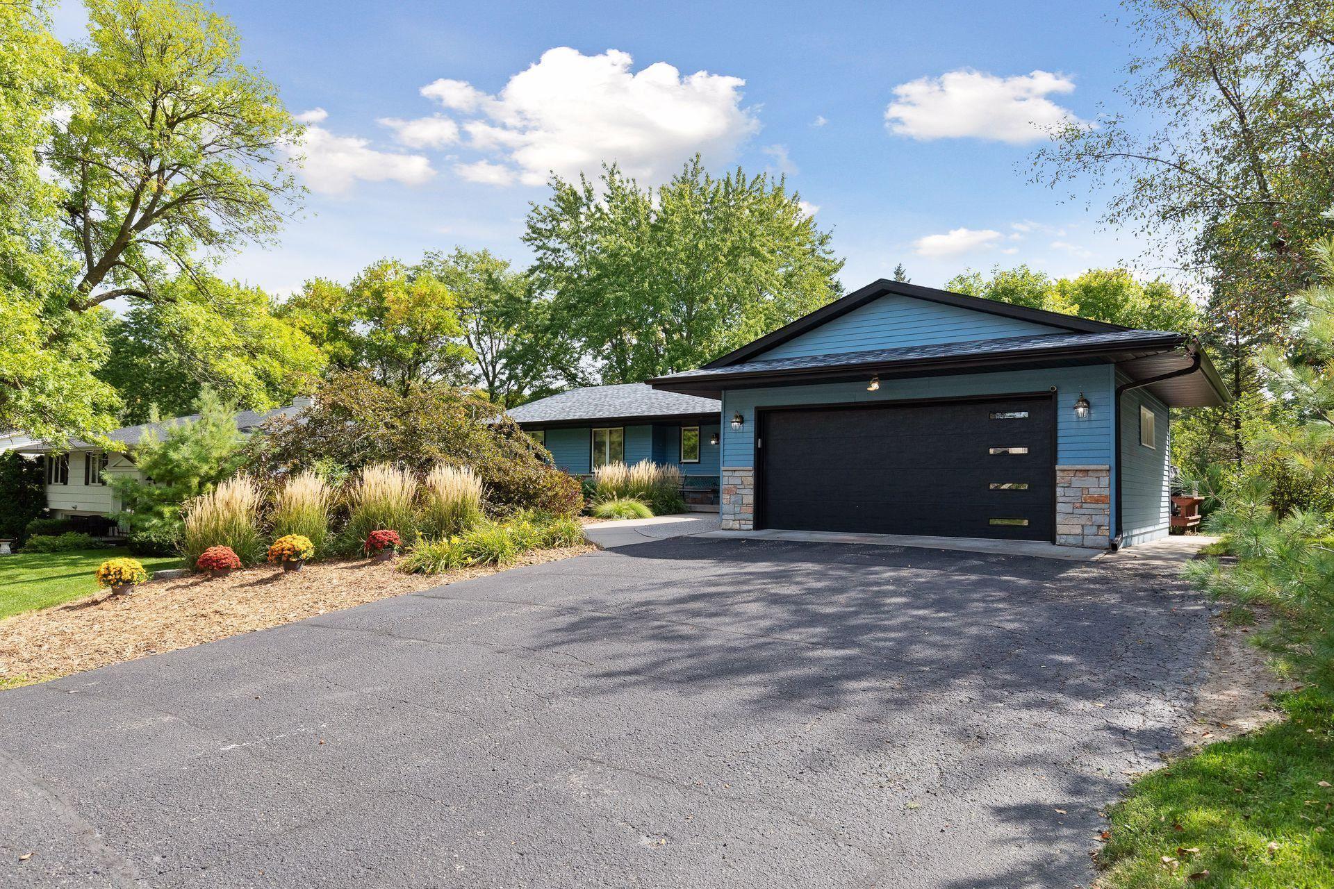 Photo of 5809 Merold Drive, Edina, MN 55436 (MLS # 6097595)