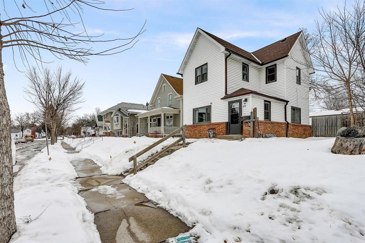 824 Russell Avenue N, Minneapolis, MN 55411 - MLS#: 5714602