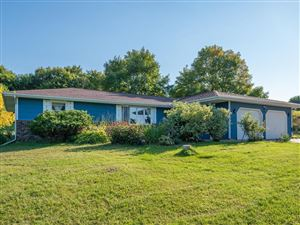 Photo of 1460 Valley View Road, Shakopee, MN 55379 (MLS # 5295606)
