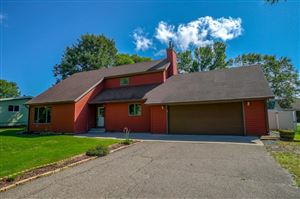 Photo of 404 S Division Street, Roberts, WI 54023 (MLS # 5279617)
