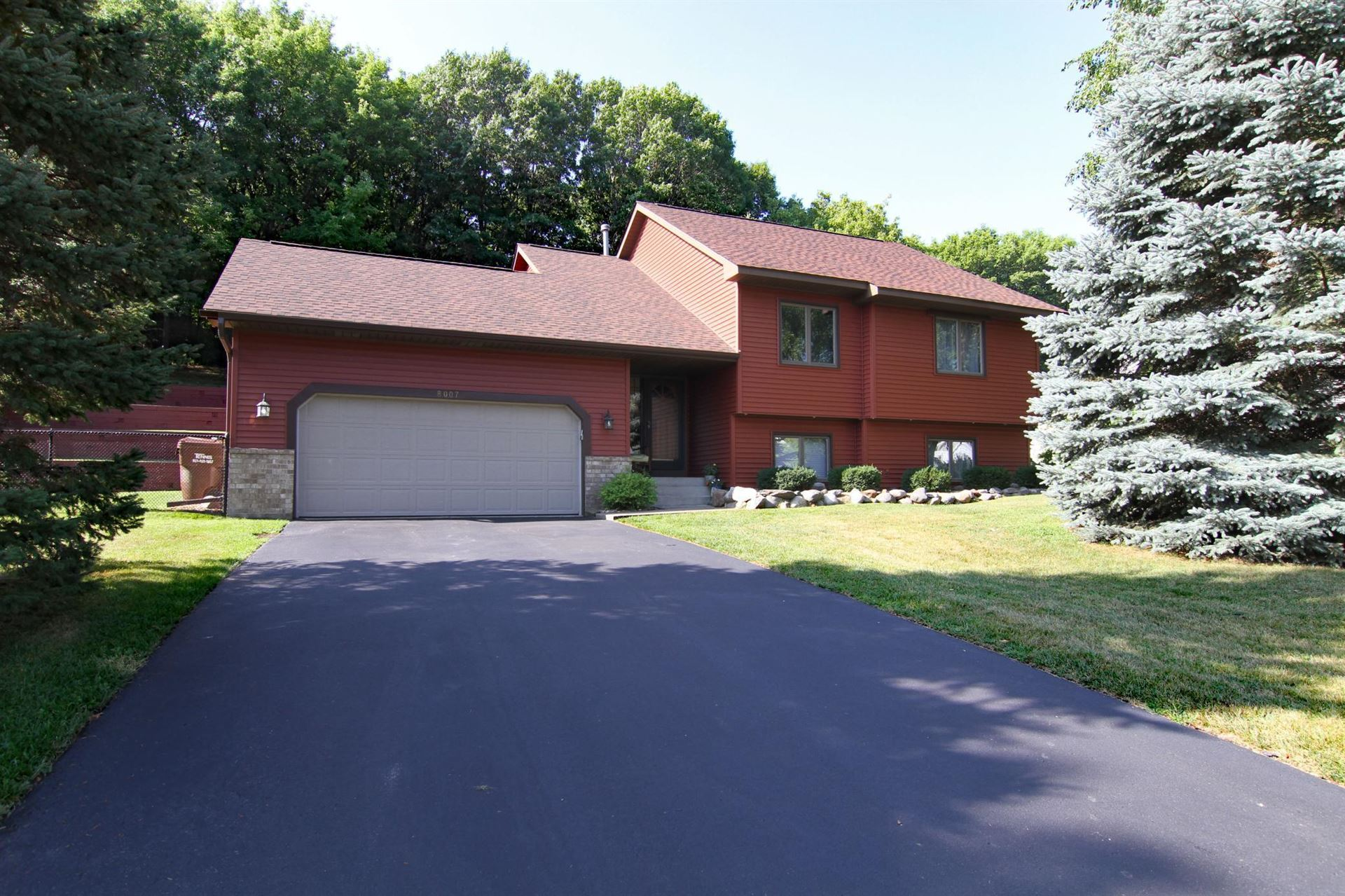 Photo of 8007 Delano Way, Inver Grove Heights, MN 55076 (MLS # 6074622)