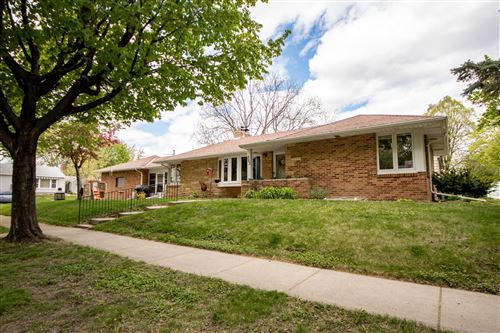 Photo of 353 Robie Street W, Saint Paul, MN 55107 (MLS # 5755637)