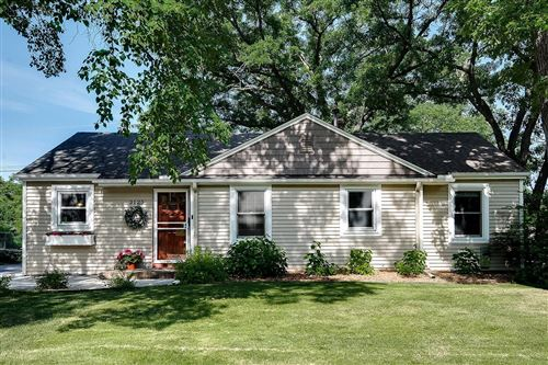 Photo of 3125 Noble Avenue N, Golden Valley, MN 55422 (MLS # 5763637)