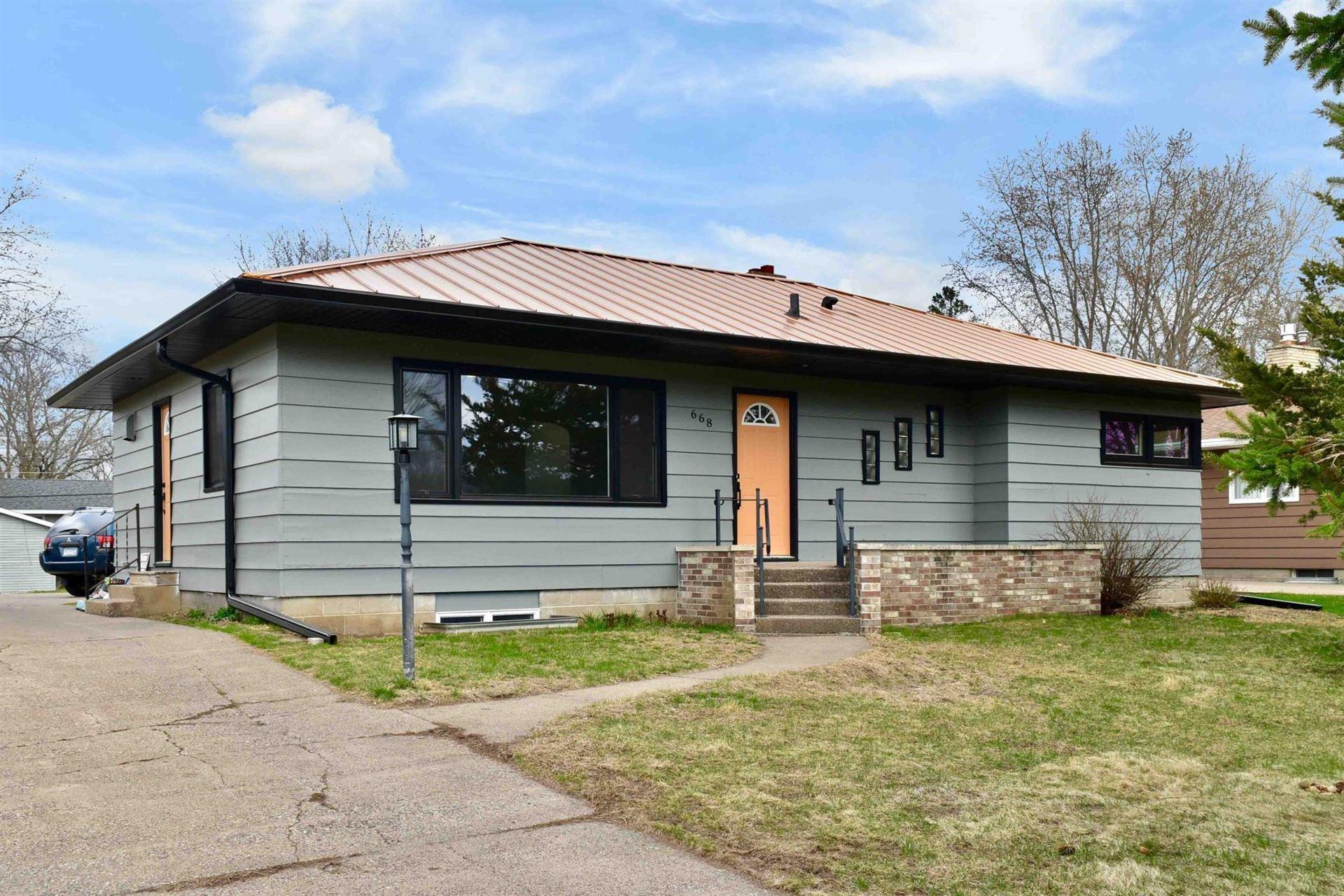 668 E Sarnia Street, Winona, MN 55987 - MLS#: 5735643