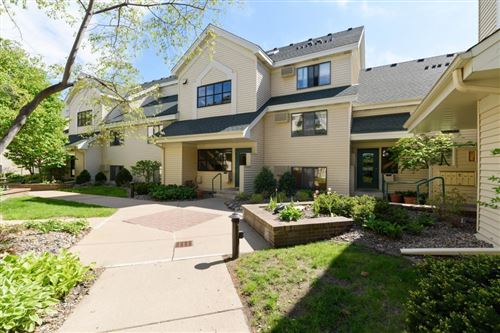 Photo of 7605 Edinborough Way #6318, Edina, MN 55435 (MLS # 5567644)