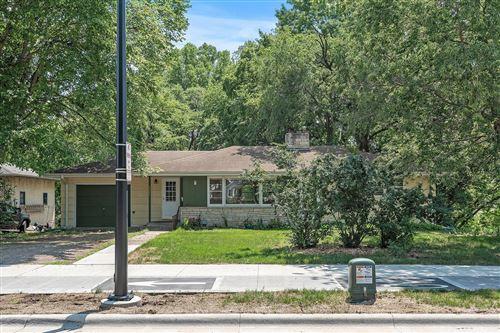 Photo of 6025 Cedar Lake Road S, Saint Louis Park, MN 55416 (MLS # 6074646)