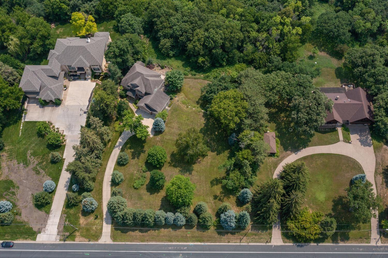 Photo of 4301 Overlook Drive, Bloomington, MN 55437 (MLS # 6114657)