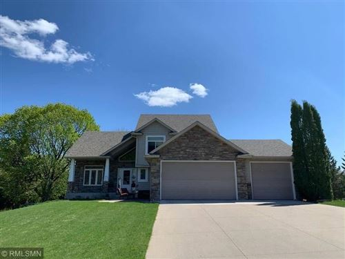 Photo of 9007 Heatherton Ridge Drive, Savage, MN 55378 (MLS # 5567671)