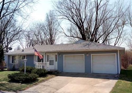 Photo of 912 Oriole Drive, Apple Valley, MN 55124 (MLS # 5347677)