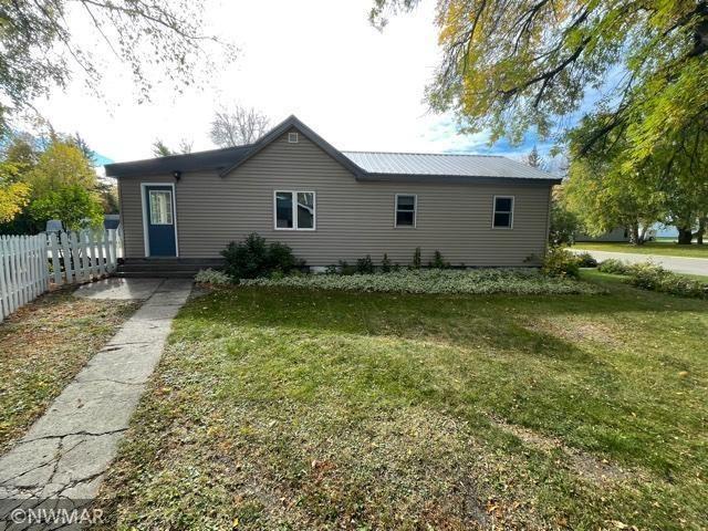 Photo of 310 Minnesota Avenue NE, Warroad, MN 56763 (MLS # 6105680)