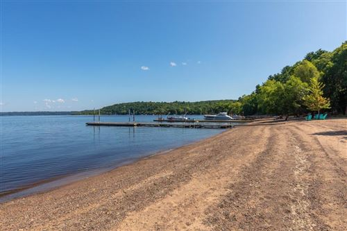 Photo of 252 Cove Road, Hudson, WI 54016 (MLS # 5329681)