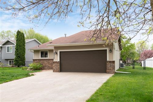 Photo of 8076 Upper 145th Street W, Apple Valley, MN 55124 (MLS # 5562686)