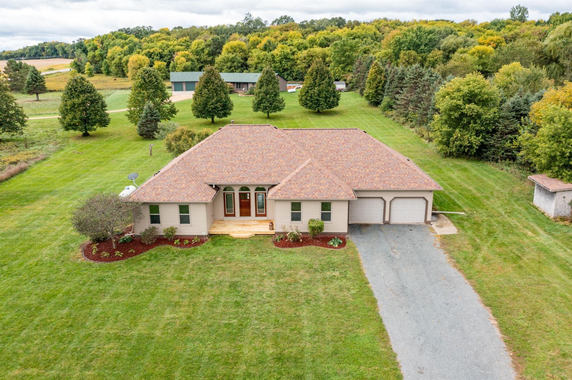 Photo of 133 206th Street, Alden Township, WI 54026 (MLS # 6103687)