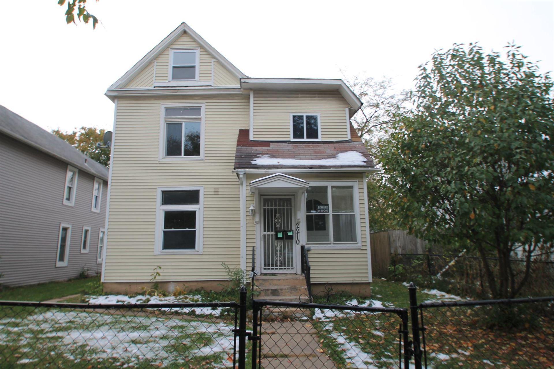 Photo of 2210 10th Avenue S #1, Minneapolis, MN 55404 (MLS # 5679699)
