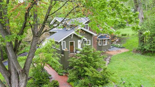 Photo of 2300 Melody Hill Road, Chanhassen, MN 55331 (MLS # 5742724)