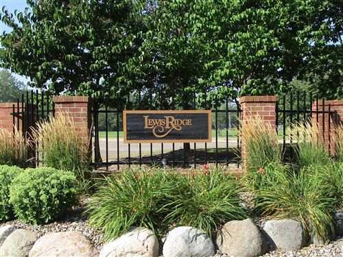 Photo of 7250 Lewis Ridge Parkway #211, Edina, MN 55439 (MLS # 6026732)