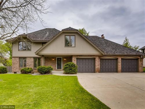 Photo of 5324 River Bluff Curve, Bloomington, MN 55437 (MLS # 5570748)