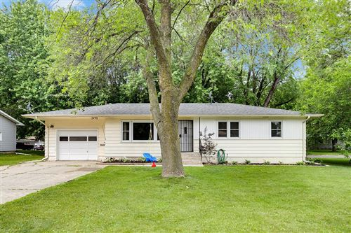 Photo of 808 Valley View Road, Faribault, MN 55021 (MLS # 5609759)