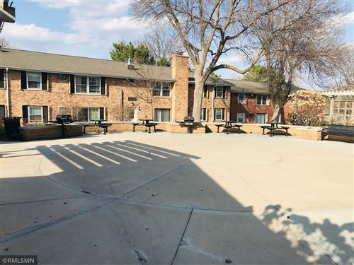 Photo of 812 Old Settlers Trail #3, Hopkins, MN 55343 (MLS # 5727765)