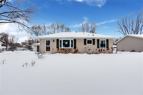 Photo of 10416 Zion Street NW, Coon Rapids, MN 55433 (MLS # 5328776)