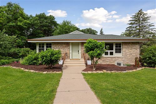 Photo of 8 Parkview Terrace, Golden Valley, MN 55416 (MLS # 5578776)