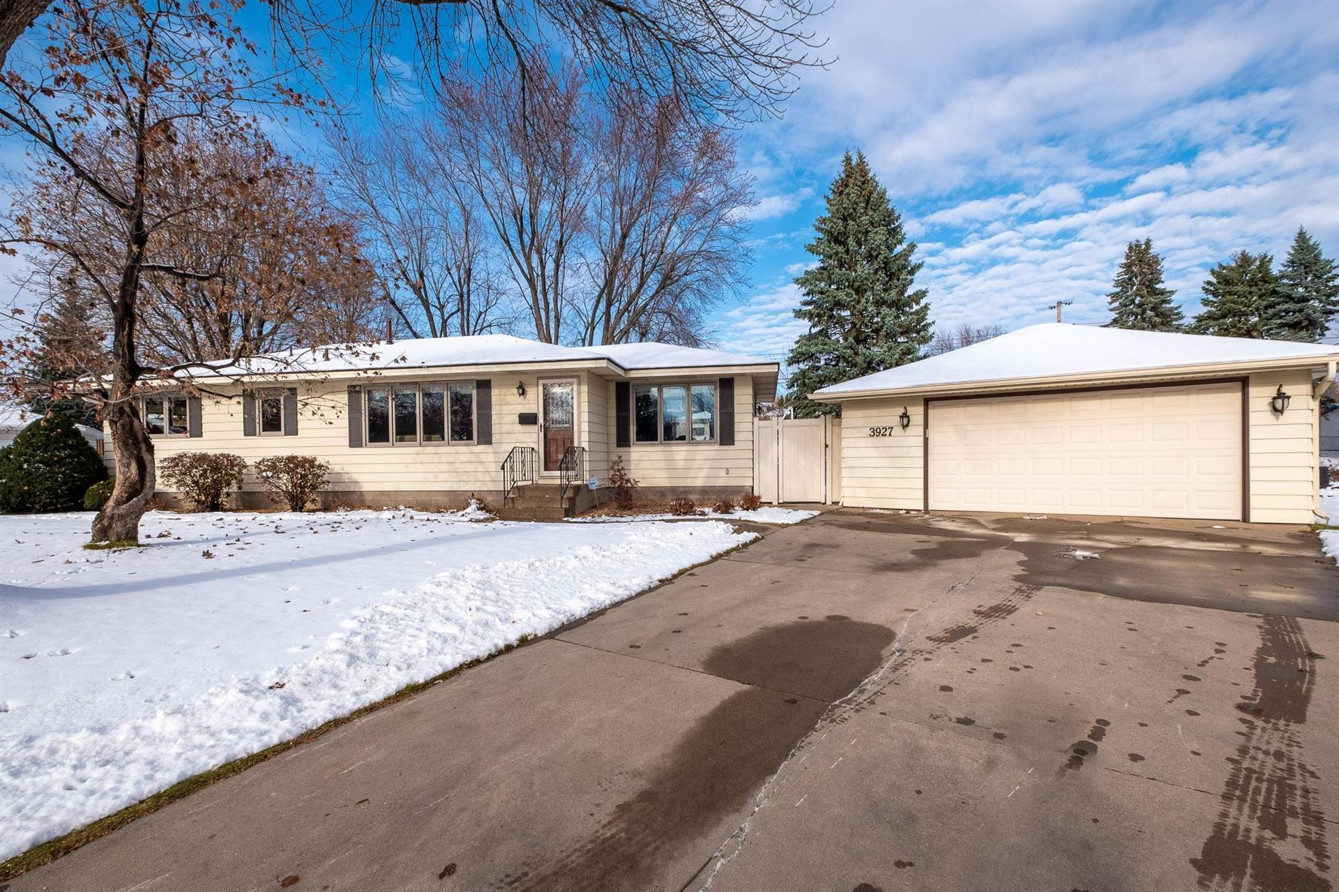 3927 71st Court E, Inver Grove Heights, MN 55076 - #: 5685777