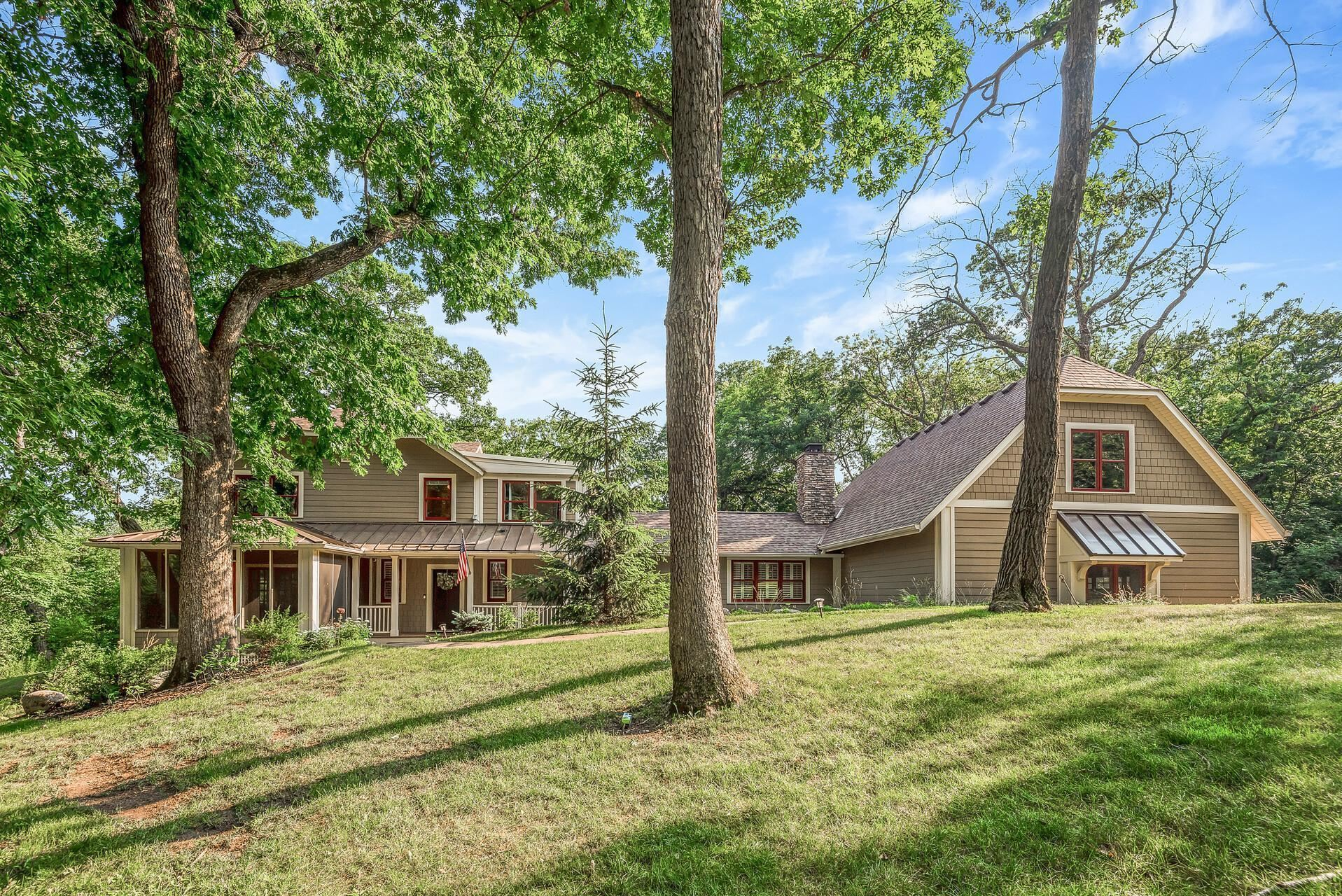 Photo of 22 Highway 96 E, Dellwood, MN 55110 (MLS # 6018778)