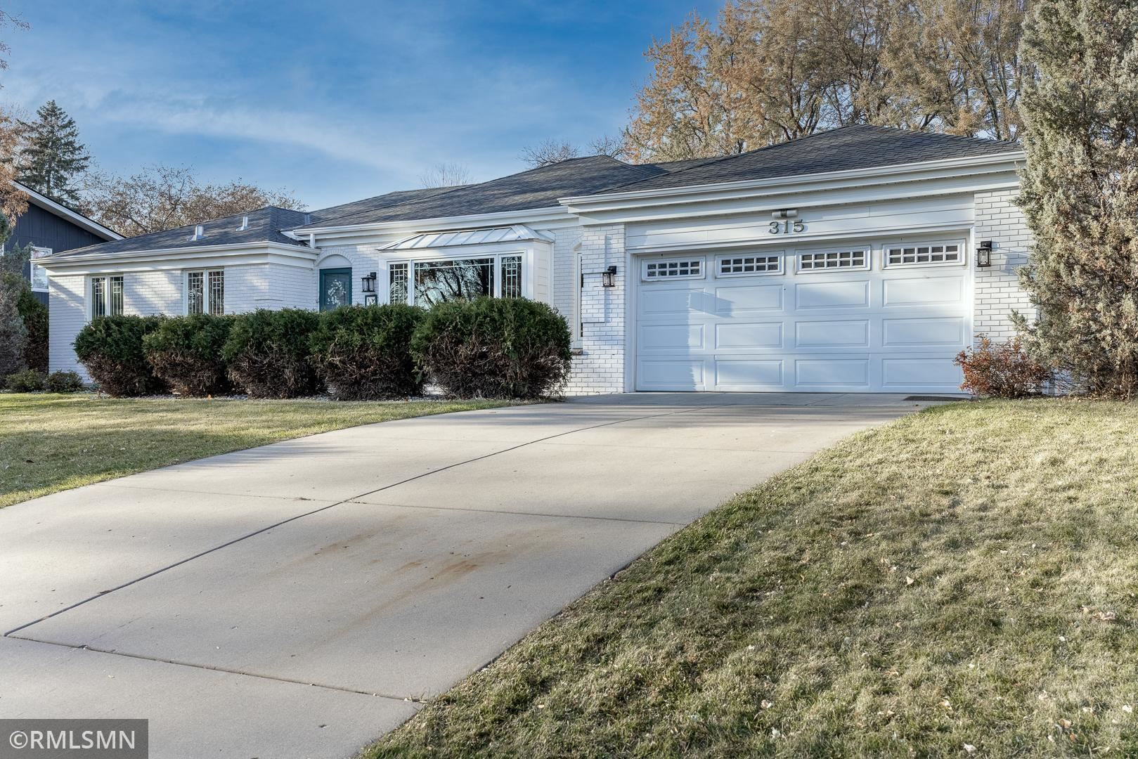 315 Clover Leaf Drive, Golden Valley, MN 55422 - MLS#: 5702782