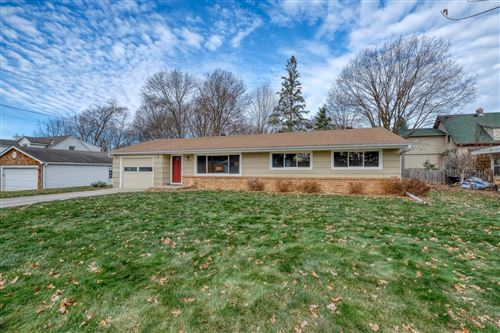 Photo of 18540 Highland Avenue, Deephaven, MN 55391 (MLS # 5686787)