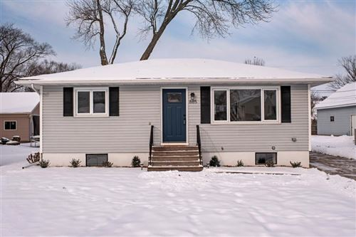 Photo of 885 40th Avenue, Goodview, MN 55987 (MLS # 5347788)