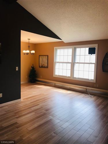 Photo of 812 Old Settlers Trail #6, Hopkins, MN 55343 (MLS # 5734796)