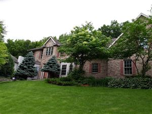 Photo of 2002 Baihly Estates Lane SW, Rochester, MN 55902 (MLS # 5262799)