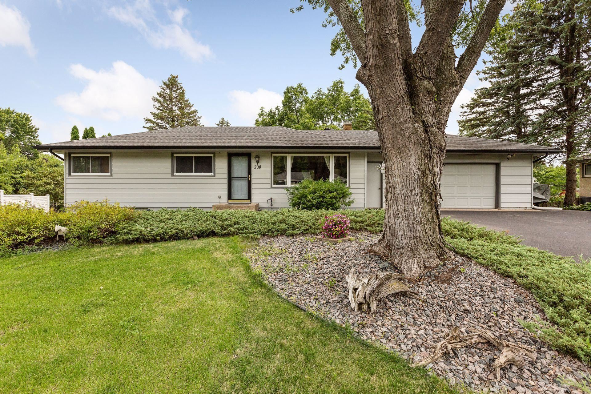 208 Colleen Avenue, Shoreview, MN 55126 - MLS#: 6026800