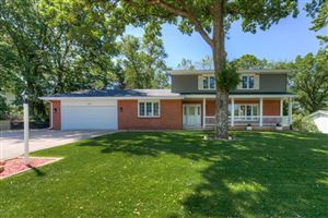 Photo of 1005 Knob Hill Road, Burnsville, MN 55337 (MLS # 5197814)