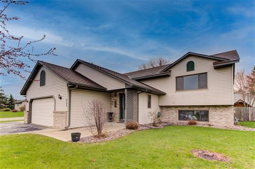 Photo of 800 Bluff View Circle, Jordan, MN 55352 (MLS # 5726820)