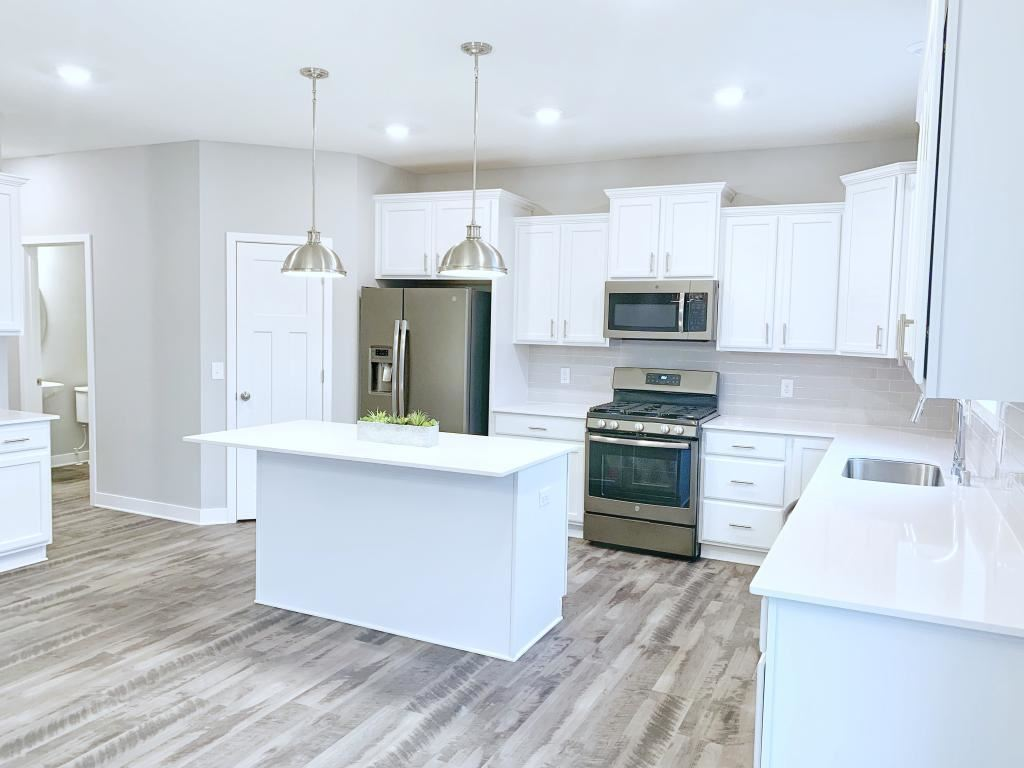 Photo for 19284 Creekside Trail, Rogers, MN 55311 (MLS # 5335820)