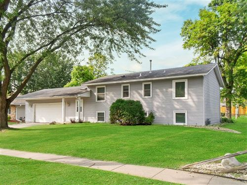 Photo of 977 Oriole Drive, Apple Valley, MN 55124 (MLS # 5658826)