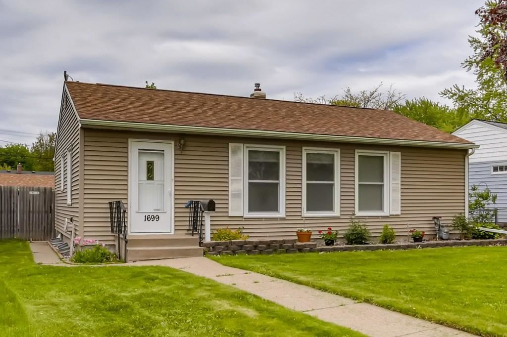 1699 Iowa Avenue E, Saint Paul, MN 55106 - #: 5568827