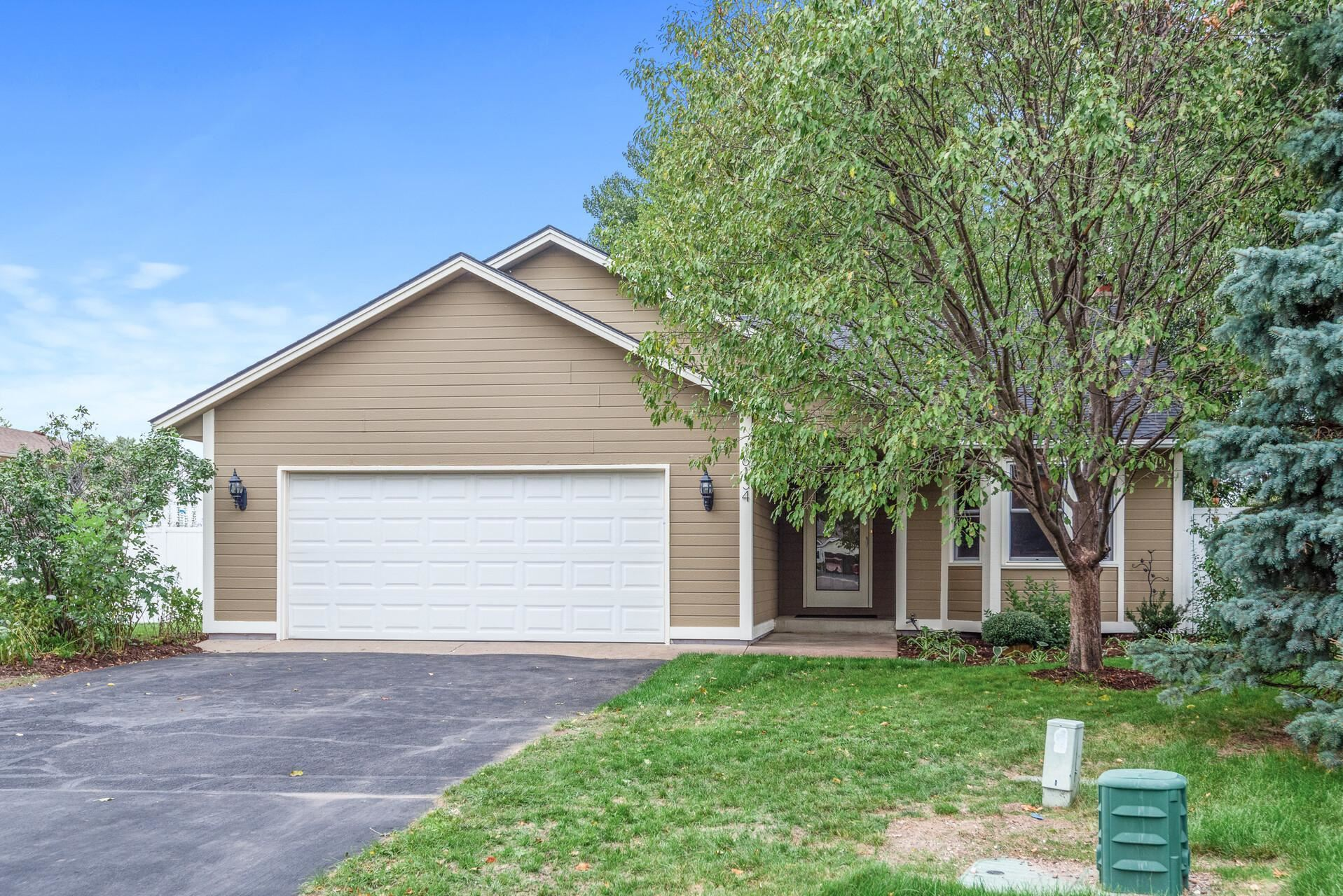 Photo of 16134 Excelsior Court, Lakeville, MN 55068 (MLS # 6098838)