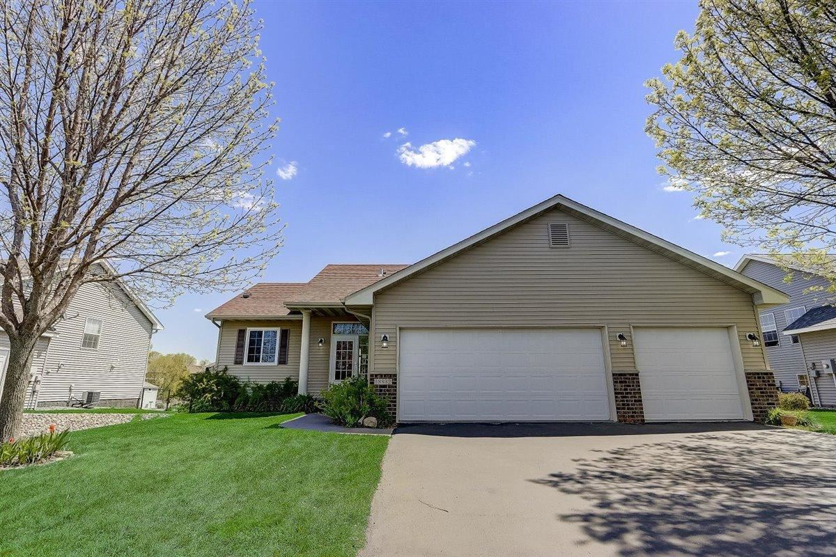 Photo of 18832 Dunbury Avenue, Farmington, MN 55024 (MLS # 5752842)