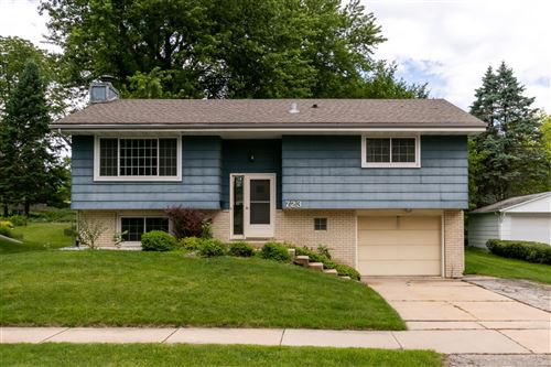 Photo of 723 Zumbro Drive NW, Rochester, MN 55901 (MLS # 5622846)