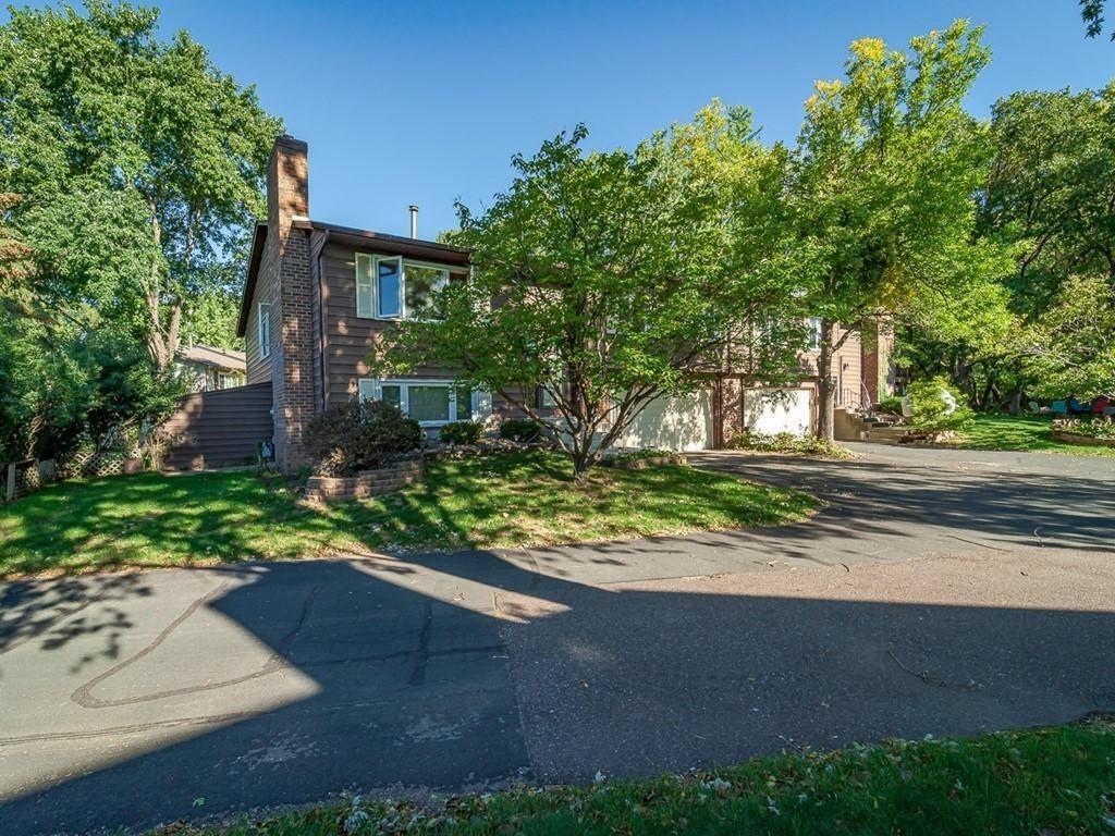 Photo of 8364 140th Street W, Apple Valley, MN 55124 (MLS # 6103850)