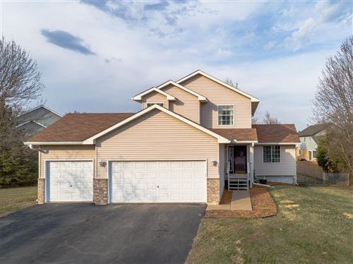 Photo of 38241 Great Oaks Court, North Branch, MN 55056 (MLS # 5731859)