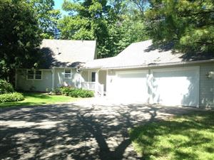 Photo of 890 Pleasant View Road, Chanhassen, MN 55317 (MLS # 5331861)