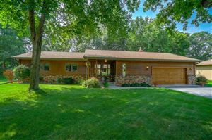 Photo of 2276 Timber Trail E, Maplewood, MN 55119 (MLS # 5274863)