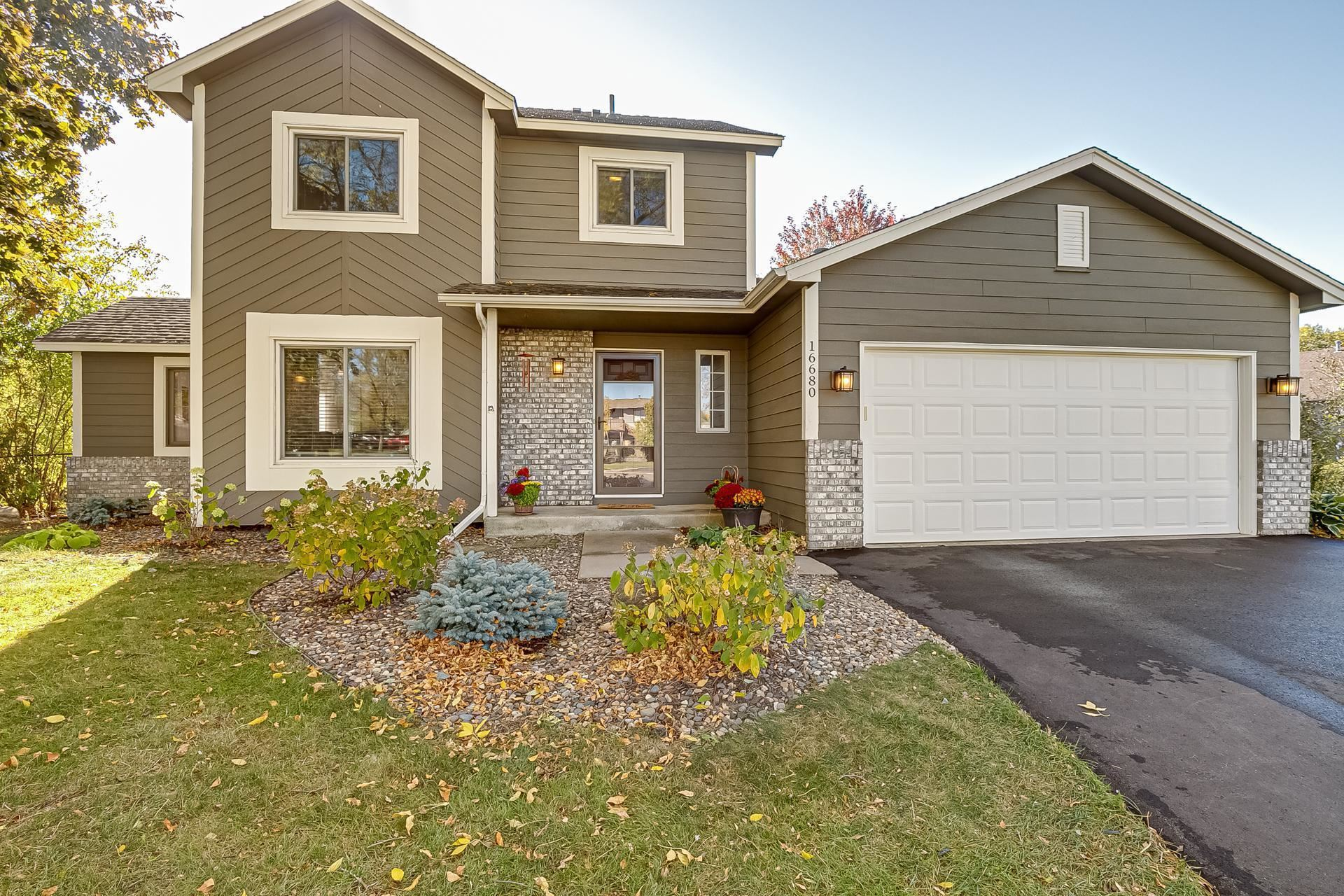 Photo of 16680 Jersey Court, Lakeville, MN 55044 (MLS # 6113865)