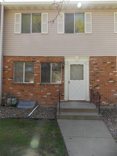 Photo of 1486 Goodwin Avenue N, Oakdale, MN 55128 (MLS # 5562868)